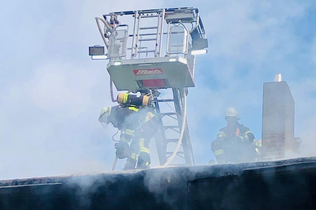 2021-22: 05.03.2021 08:04 Uhr – Feuer Menschenleben in Gefahr